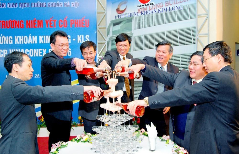 Niêm yết cổ phiếu VC6 trên sàn Giao địch chứng khóa Hà Nội